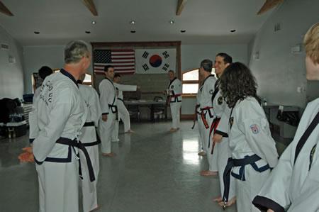 Grand_Master_conducting_the_seminar_472007_fs1_5